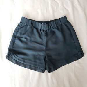 Madewell pull-on shorts in black